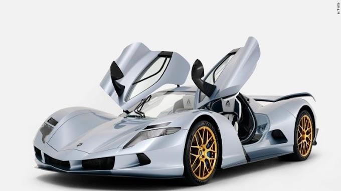 Dünyanın en hızlı otomobilleri tanıtıldı