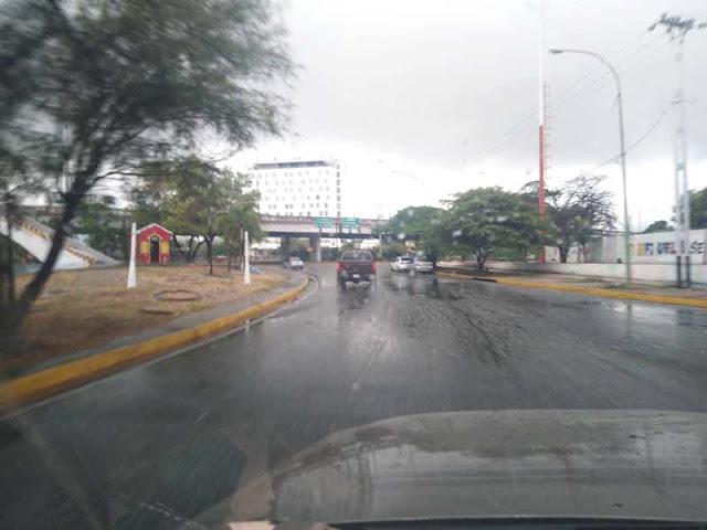 EQUIPO DE INFRAESTRUCTURA DE LA ALCALDÍA RECORRE PUNTOS CRÍTICOS POR LLUVIAS