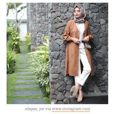Contoh Model pakaian Kerja Wanita Terbaru Untuk Pertama Masuk Kerja Agar Terlihat Modis