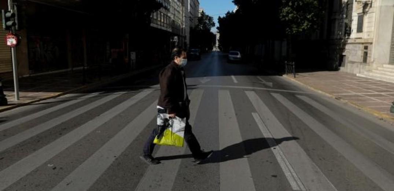 Δερμιτζάκης: Τον Ιούνιο, ίσως και τον Μάιο, θα γυρίσουμε στην κανονικότητα