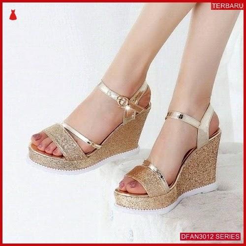 DFAN3012S77 Sepatu Dg 02 Wedges Wanita Wedges Murah BMGShop