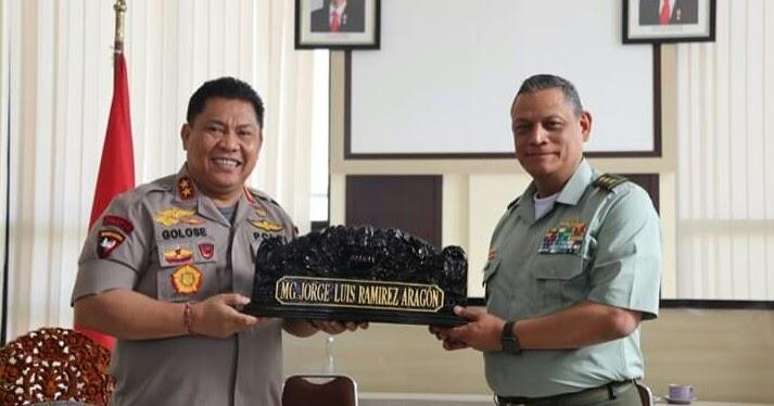 Bertemu Polisi Kolombia, Kapolda Bali Beri Alasan Pelaku ...