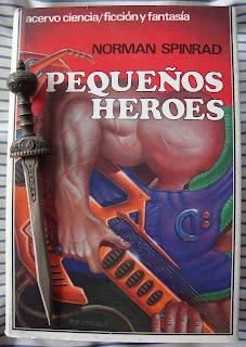 Portada del libro Pequeños héroes, de Norman Spinrad