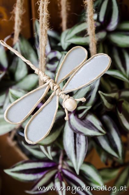 DIY Filigrane Libellen aus Papierdraht