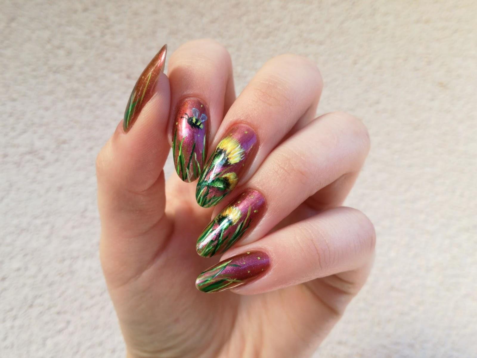 malowane żółte kwiaty - paznokcie