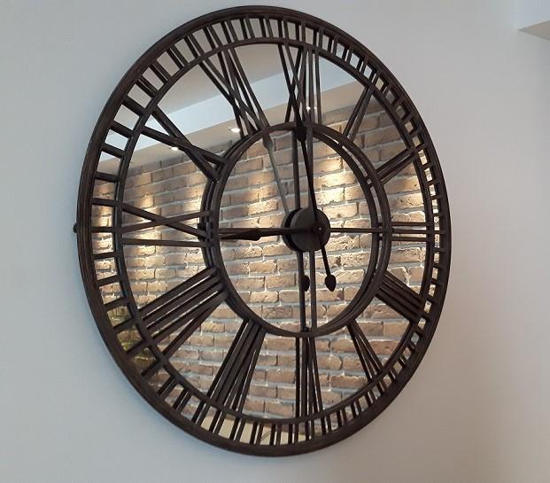 modny zegar