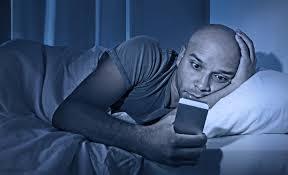 Hindari Tidur Terlalu Malam