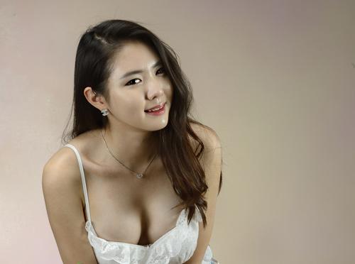 Hướng dẫn cách dùng của viên uống nở ngực Breast Up