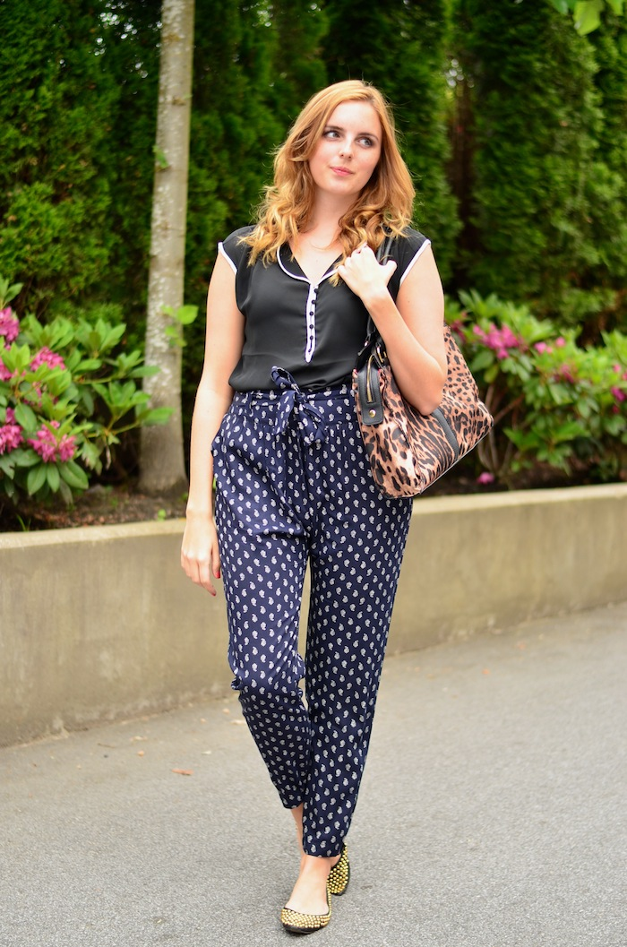 How to Style Printed Pants