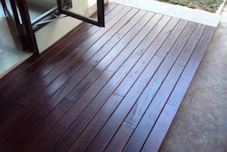 lantai kayu di kudus
