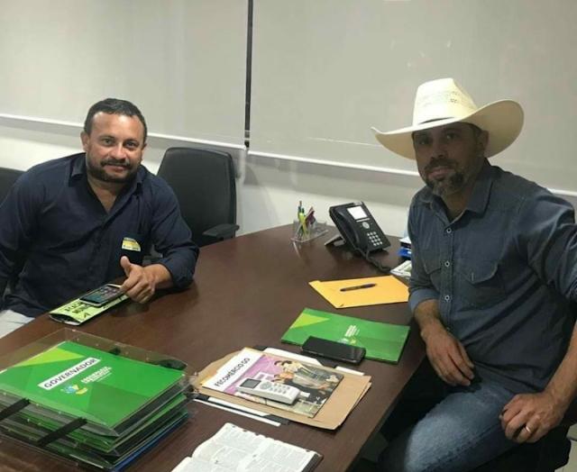 Águas Lindas de Goiás: Gesio Neves e Florisvaldo fecham com Deputado Amauri Ribeiro