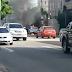 Carro pega fogo em avenida de Fortaleza