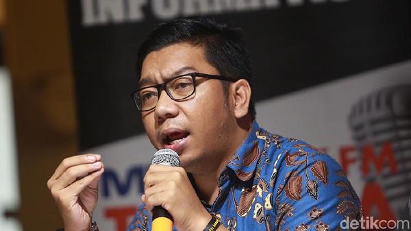 ICW Dorong Azis Syamsuddin Agar Diproses