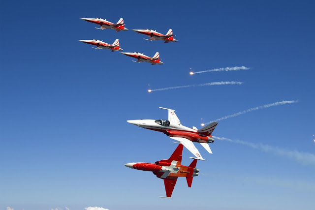 PATROUILLE SUISSE AIR SHOWS CALENDAR 2017