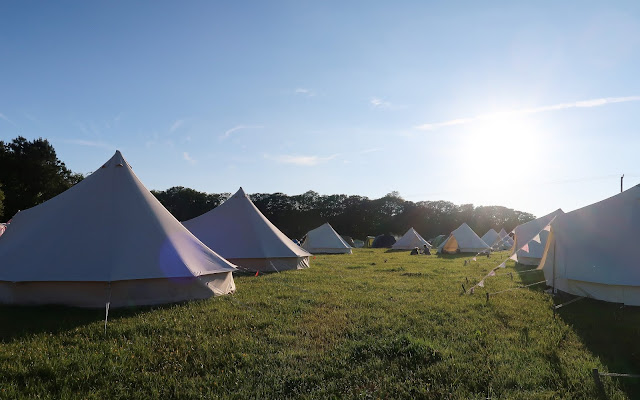 Glamping bell tent