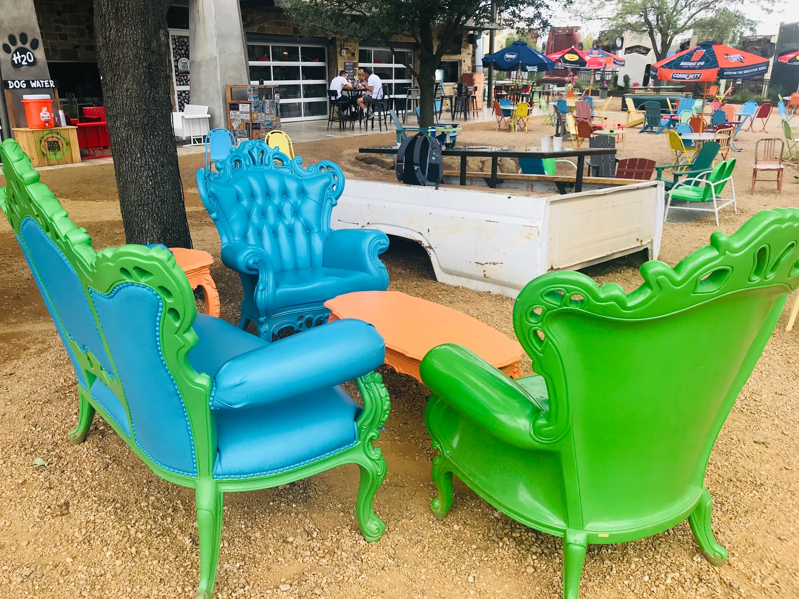 Image: Colorful chairs at the truck yard in Colony Texas