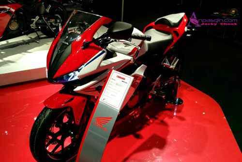 Harga Motor Honda CBR 150 R Baru Dan Bekas Terbaru Tahun 2016