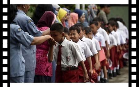 Strategi Pelaksanaan Pendidikan Karakter di Sekolah