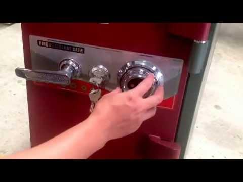 Hướng dẫn cách mở két sắt 4 số chi tiết