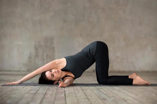 Thread The Needle (Urdhva Mukha Pasasana Vinyasa) Yoga : Steps, Benefits & Precautions and Modifications - MergeZone