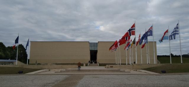 Entrada al memorial