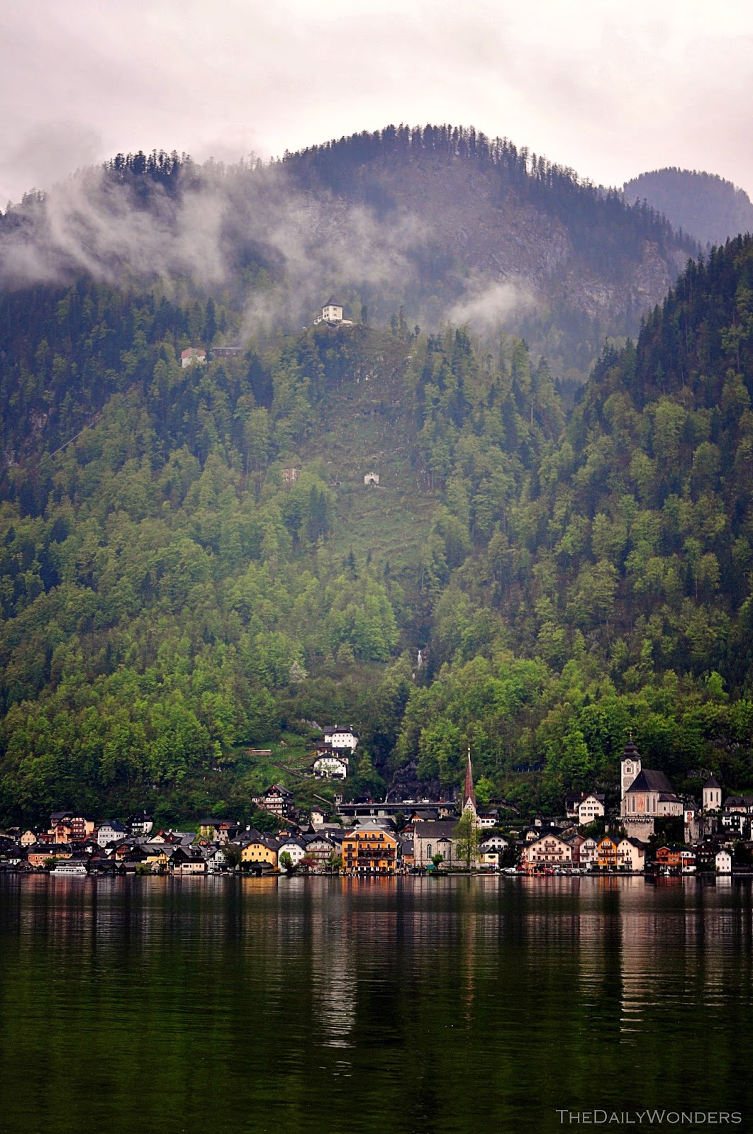 Zwiedzanie Hallstatt w Austrii. Fotorelacja, co warto zobaczyć w Hallstatt i piękne widoki. Sightseeing in Hallstatt in Austria. Photorelation, must see in Hallstatt and beautiful views.