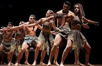 Elenco Nacional de Folclore de Perú con RETABLO