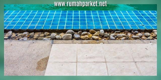decking samping kolam renang - decking keramik