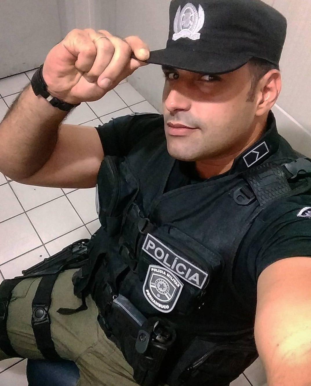 straight-masculine-spanish-latino-police-officer-hunk