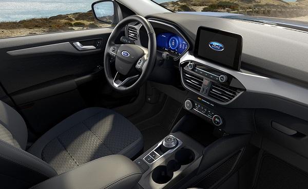 Interior Ford Kuga Híbrido 2020