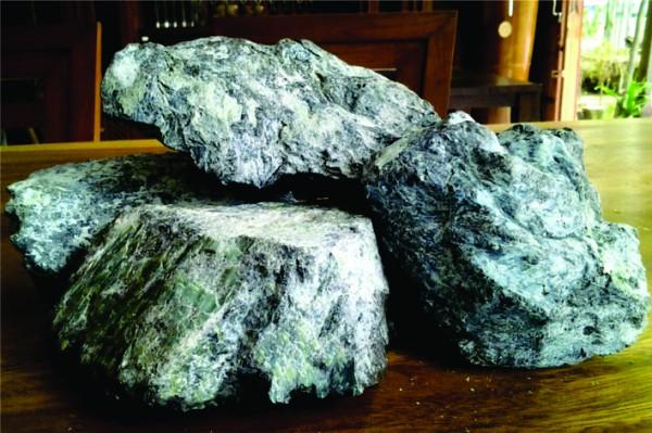 6 Jenis Batu yang Cocok Untuk Aquascape - Catatan Aquascape