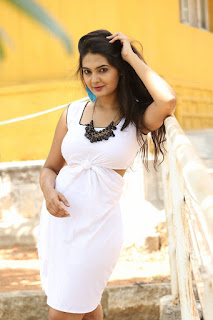Actress Neha Deshpande Pictures at Anu Vamsi Katha Opening  0055.JPG