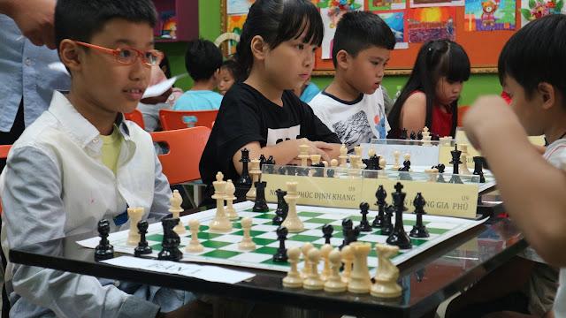 học cờ vua tại dĩ an bình dương