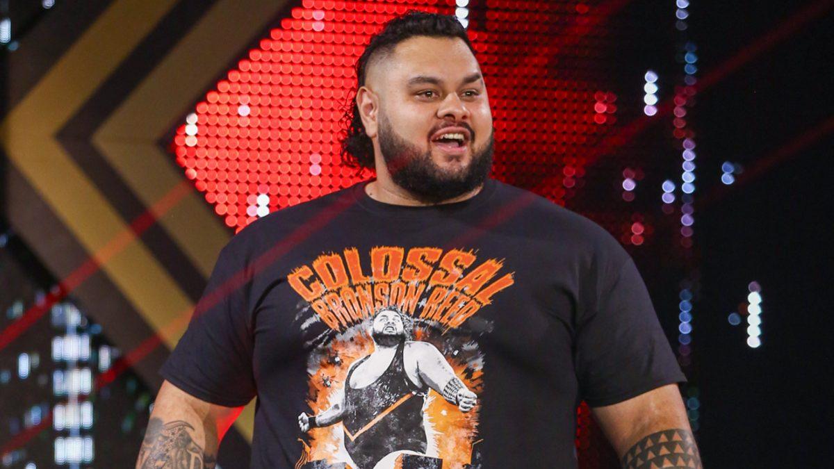 WWE pediu pra que Bronson Reed sorrisse mais em suas lutas
