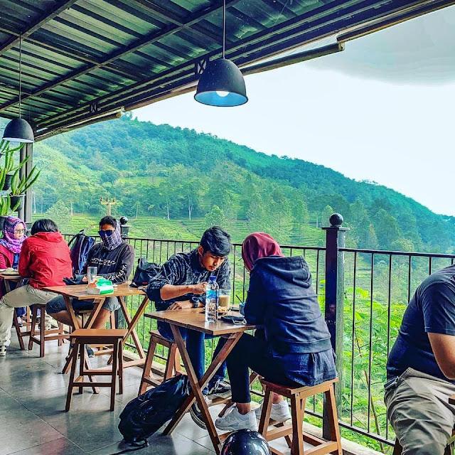 Menu di Dara Cafe Puncak Bogor