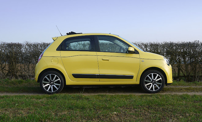 Renault Twingo side view