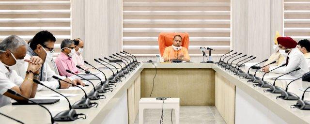 आत्मनिर्भर भारत बनाने की दिशा में उत्तर प्रदेश सरकार पूरी प्रतिबद्धता के साथ सभी सम्भावनाओं को गति देने का प्रयास कर रही -मुख्यमंत्री योगी