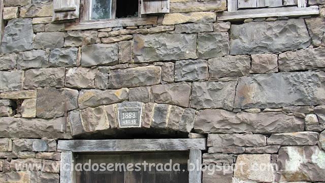 Detalhe do ano de construção da Casa De Bona, Farroupilha, RS
