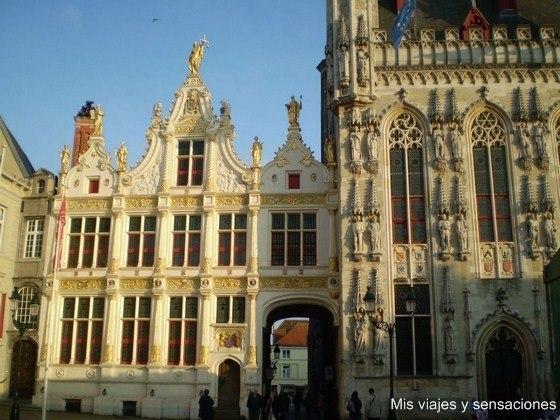 La Escribanía, Plaza del Burg, Brujas, Bélgica