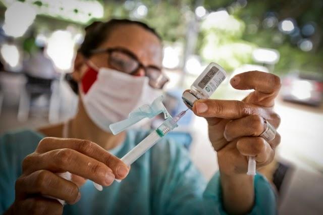 A Secretaria de Saúde do DF, vacina 18.378 pessoas contra o influenza em 5 dias