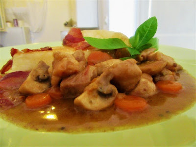 Piletina s povrćem u umaku / Chicken with vegetables in sauce