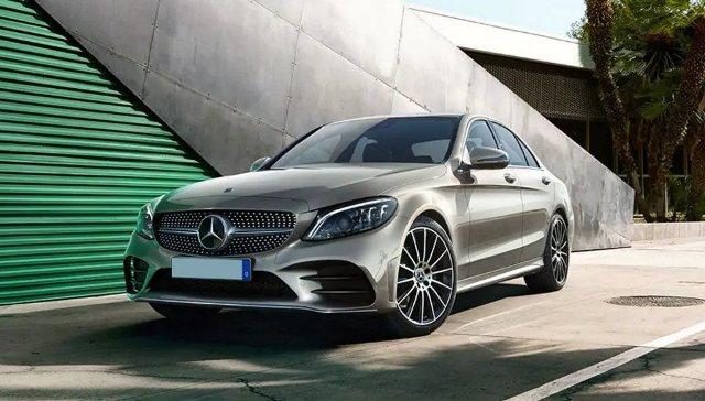 harga mobil Mercedes-Benz C-Class