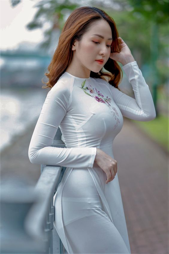 Gái mặc áo dài đẹp