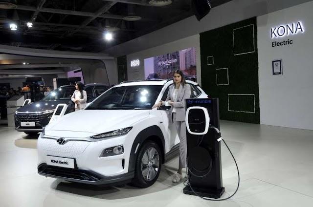 वायु प्रदूषण को नियंत्रित करने के लिए इलेक्ट्रॉनिक वाहनों को भारत सरकार बढ़ावा दे रही है