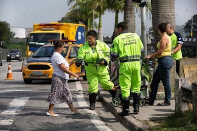 Campanha de conscientização para o Dia Internacional do Pedestre na Régis Bittencourt