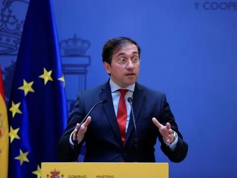 """إسبانيا تعلن دعمها لدي ميستورا في دوره """"لتعزيز التفاهم بين الطرفين والإستقرار في المنطقة""""."""