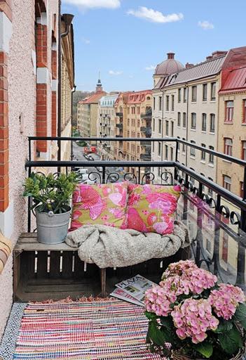 تزيين الشرفة بالألوان
