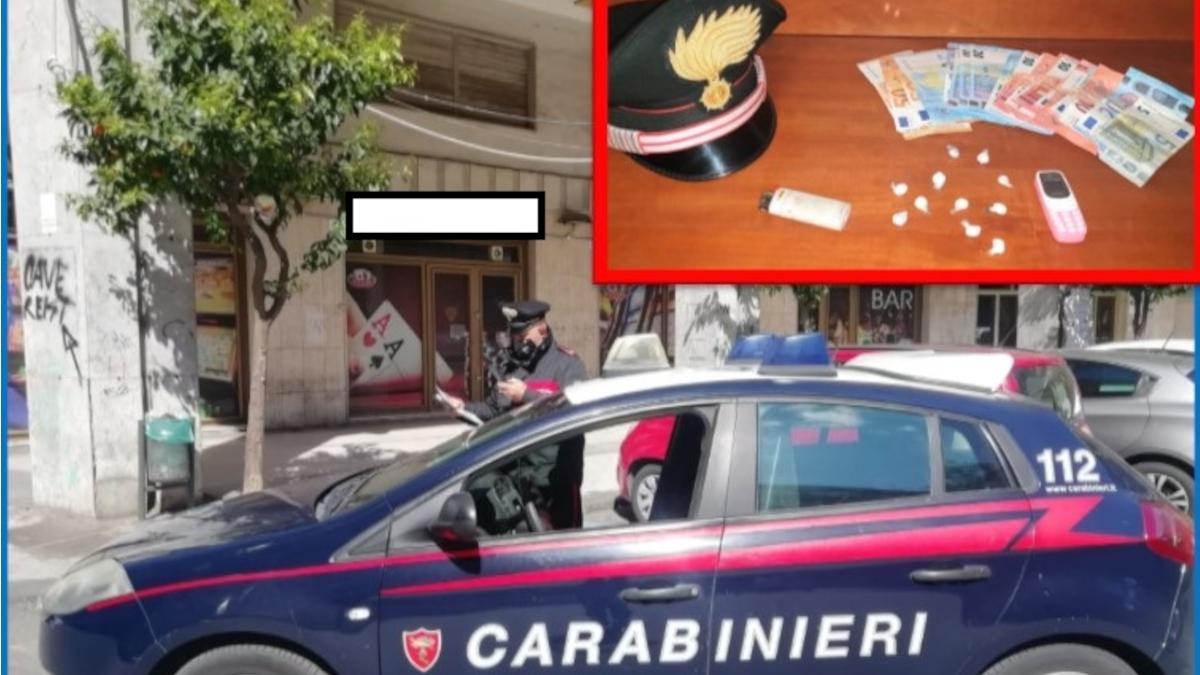 Piazza Europa Pusher Carabinieri Acireale