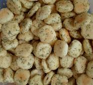 dill & parmesan oyster crackers, no-bake