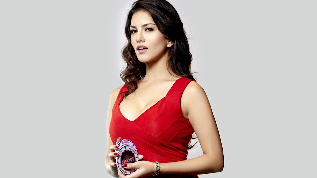 Sunny Leone red hot Wallpaper